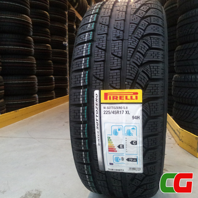 pirelli w190 snowcontrol 3 la sicurezza dello pneumatico invernale. Black Bedroom Furniture Sets. Home Design Ideas