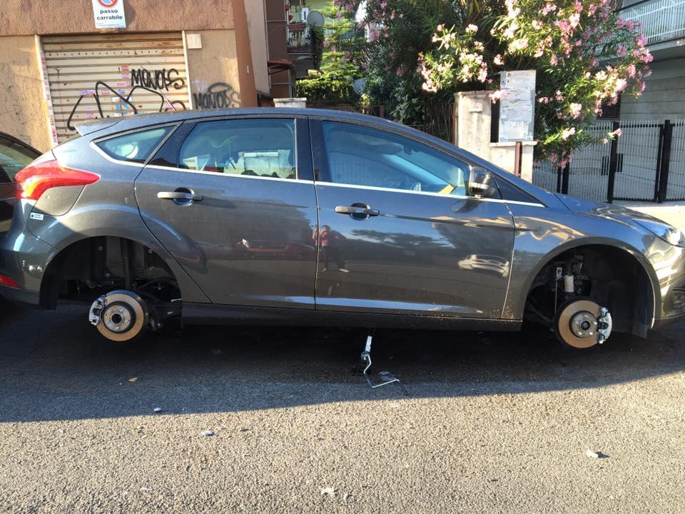 Come non farsi rubare ruote auto